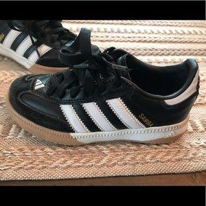 Youth Adidas Samba indoor soccer shoes black 11
